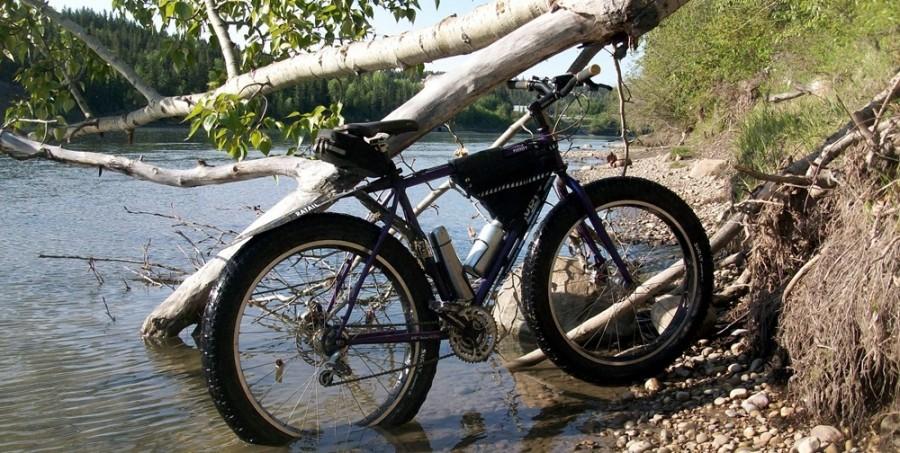Преодоление водного барьера на велосипеде