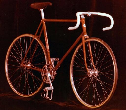 Велосипед для гонок шоссе самой престижной Москвы 80 ? 155-412